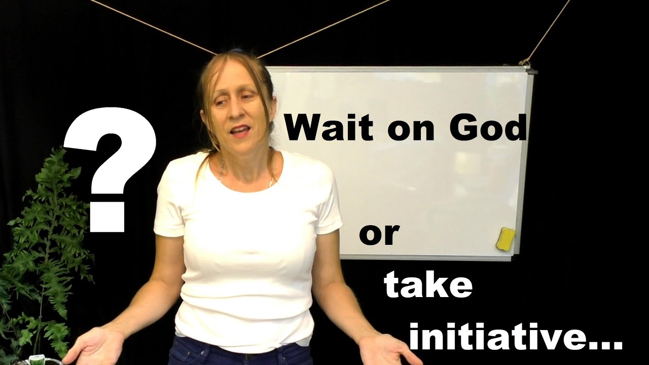 Should Christians Wait on God or Take Initiative and Do Online Dating?