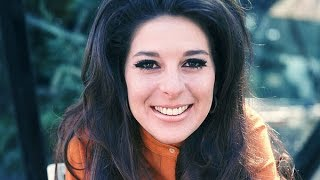 Watch Bobbie Gentry Hurry Tuesday Child video