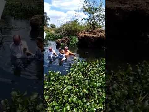 Batismo no dia de hoje na cidade de Cicero Dantas/BA