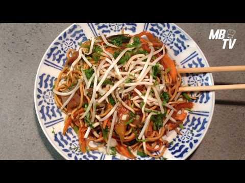 Nouilles chinoises sautées - Nouilles végétariennes.