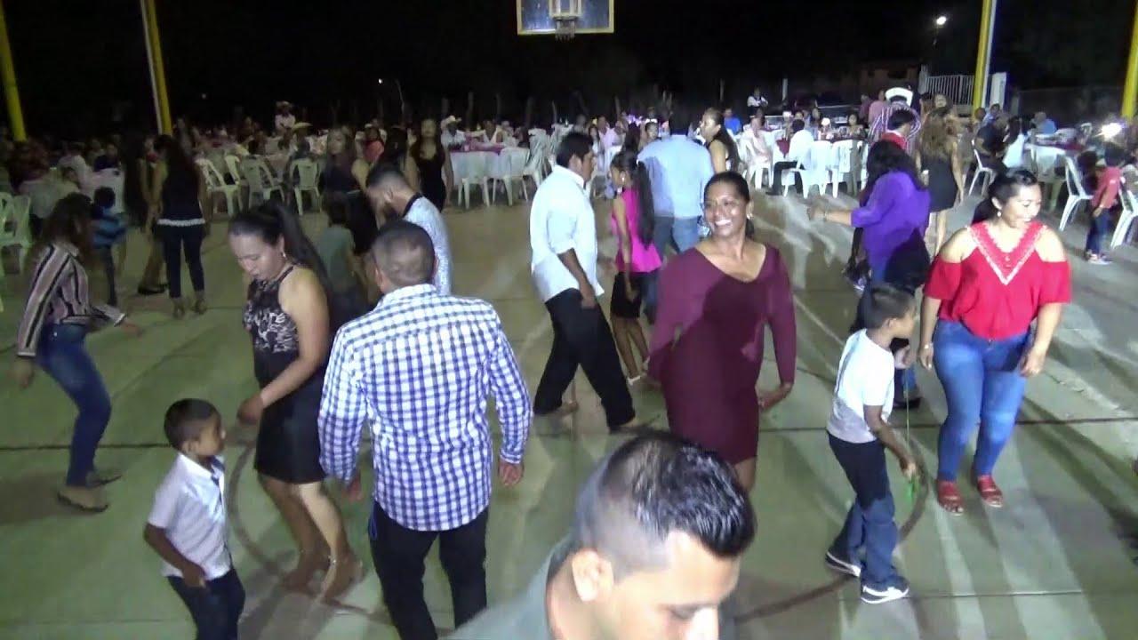 MAS BAILE y mas DIVERSION con la Banda los DUKES en San JUAN