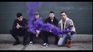 unsuspicious video of fall out boy (totally NOT related to mania)