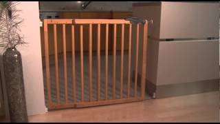 Safety Gate Nicolas 78,5 - 113,5cm, Wood | Www.bambinoworld.co.uk