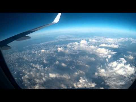 Road Tripz - Plane to GREECE - Airport (Bologna - Greece) UFO or MISSILE ?