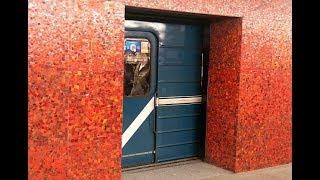 Зачем в Ленинграде строили станции метро закрытого типа