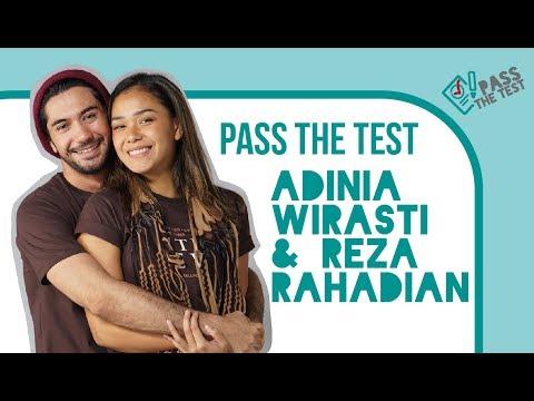 Ale (Reza Rahadian) & Anya (Adinia Wirasti) Ditanya Kuis Pengetahuan Karakter Masing-masing.Gemes!