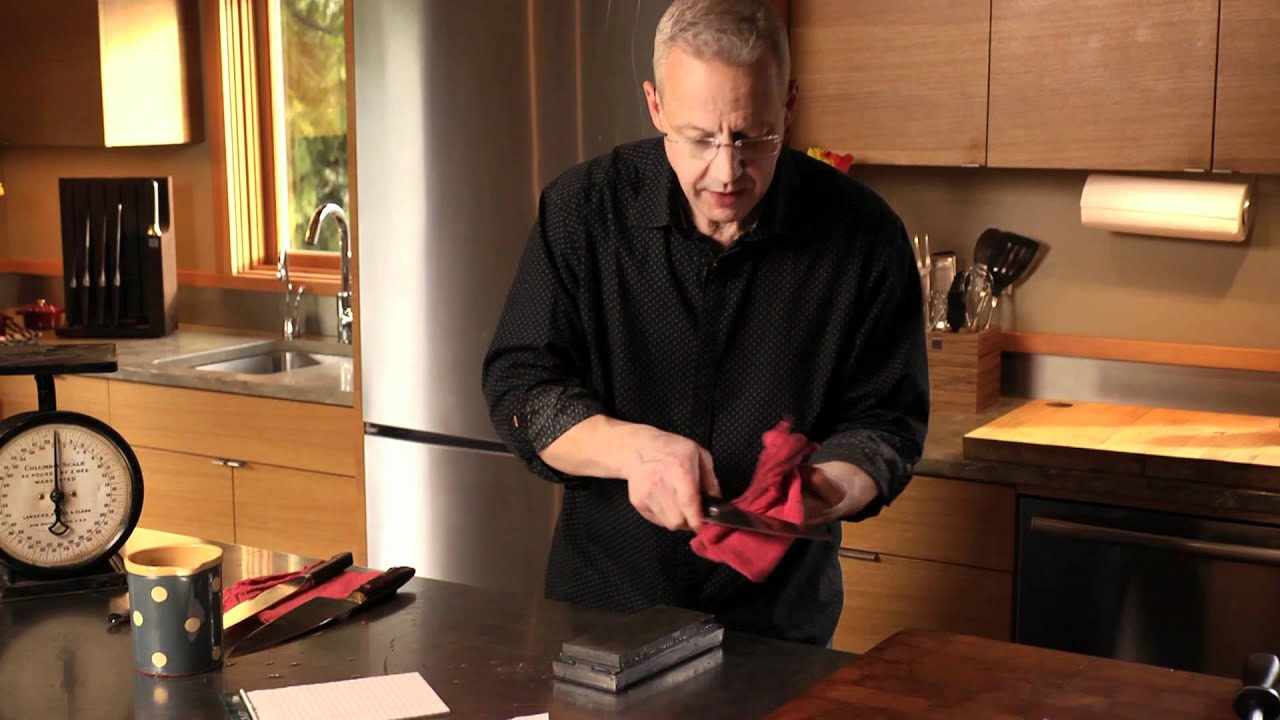 how to stone a knife youtube. Black Bedroom Furniture Sets. Home Design Ideas