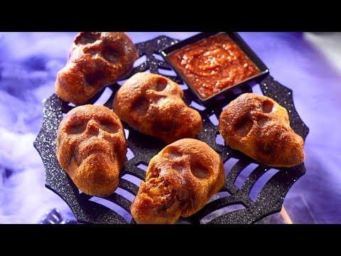 Spooky Halloween Cheesy Skulls