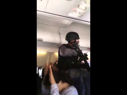Police storm Sunwing Flight 772 from Toronto to Panama after bomb threat