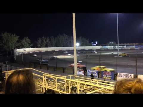 Thunderbowl Raceway 10/29/16 Hobby Main