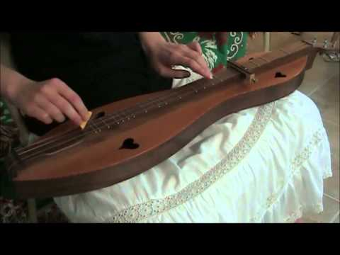 Jessica Comeau- Willie and Robin's Christmas Medley: Pat-a-Pan & Fum, Fum, Fum (Mountain Dulcimer)