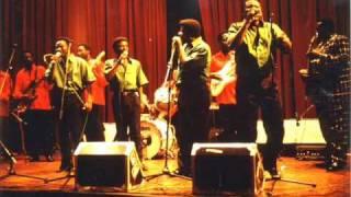 Nayebi Ndenge Bakolela Ngai Franco et TP OK Jazz.mp3