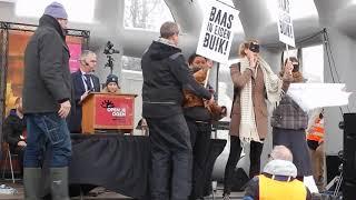 Protest op podium bij inleiding Mars voor het Leven 2018
