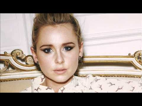 Diana Vickers - Four Leaf Clover (Acoustic)