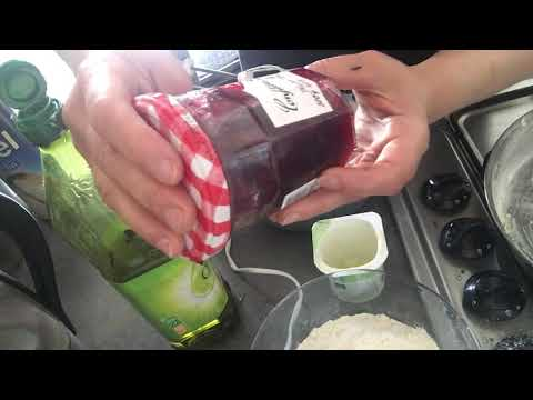 recette-de-cake-à-la-confiture---atelier-de-yara