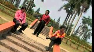 New Trio Lasidos - Burju Ma Ho Marsimatua