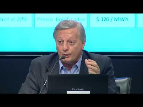 Conferencia de prensa del Ministro de Energía Juan Aranguren