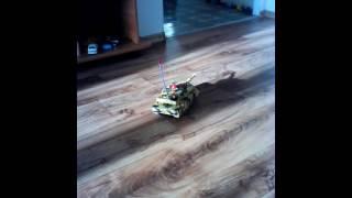 Игрушечный танк на пульте управления(, 2016-11-14T08:39:31.000Z)