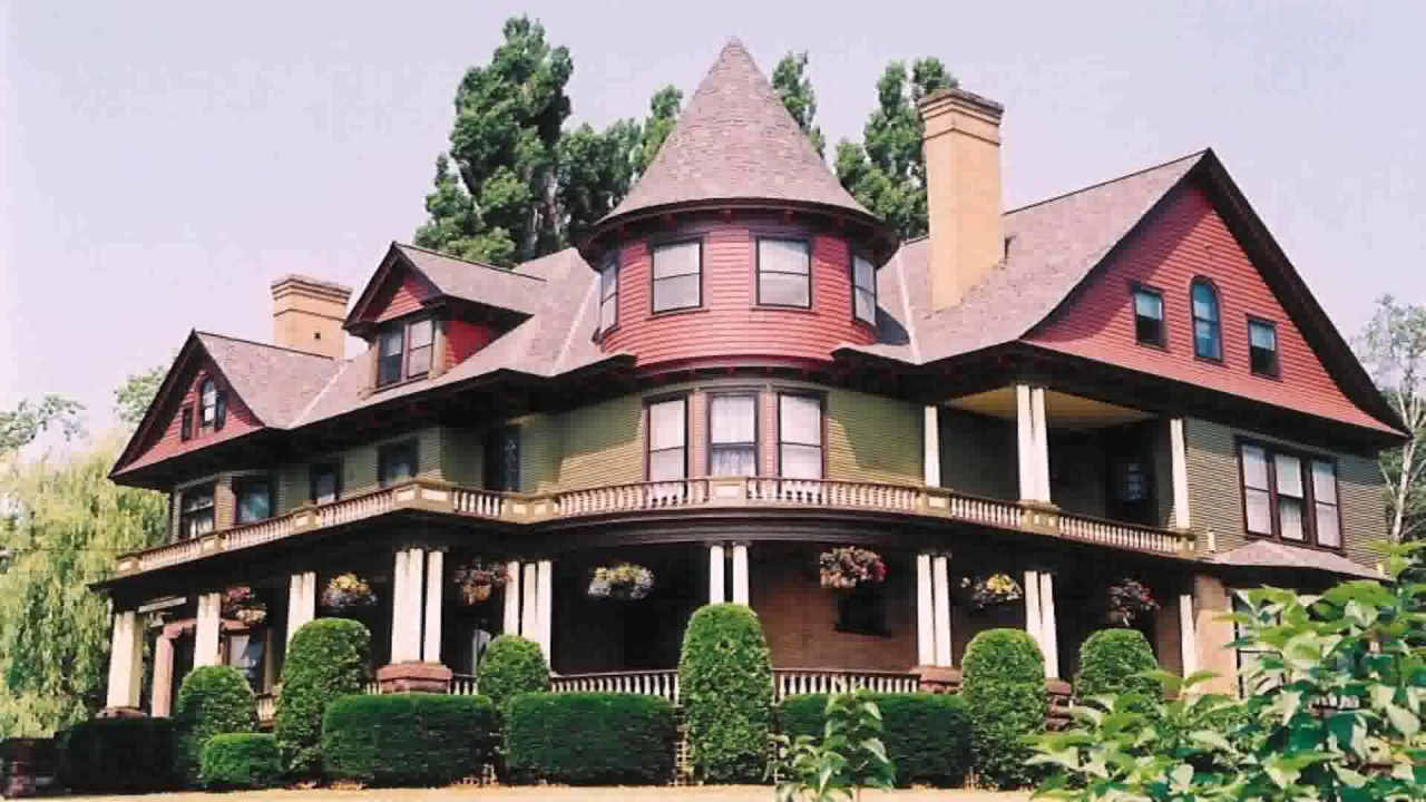 Queen anne house style architecture youtube for Queen anne style