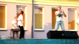 Zambrow.org - Występ zespołu Red Star podczas Letniej Estrady MOK