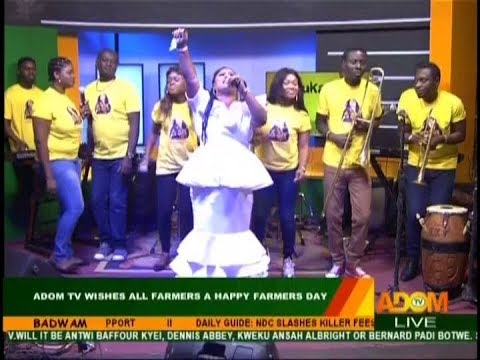 Obaapa Christy Performs Live on Adom TV (7-12-18)