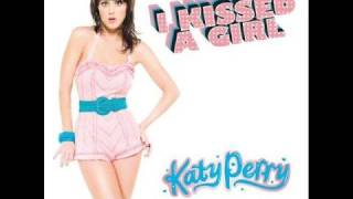 Katy Perry - I Kissed A Girl HQ + DOWNLOAD LINK