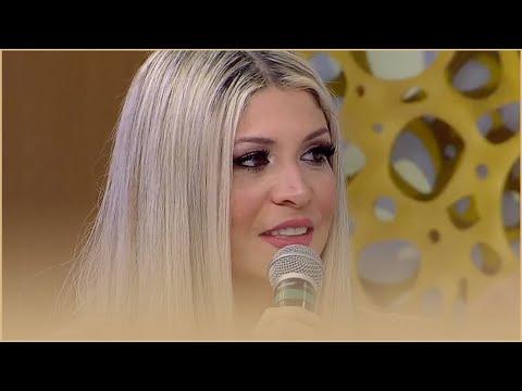 """""""Fiquei Com Uma Terceira Bunda"""", Diz Cantora Após Procedimento Estético"""