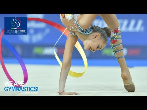 2017 Rhythmic Worlds, Pesaro (ITA) - Clubs+Ribbon Finals, Highlights - We Are Gymnastics ! thumbnail