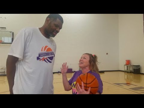 Playing PIG with Former NBA Player, Walter McCarty