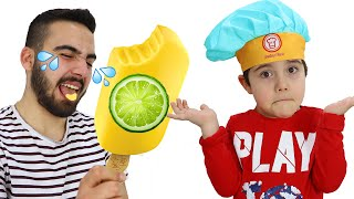 Yusuf and Uncle Pretend Play Selling Ice Cream