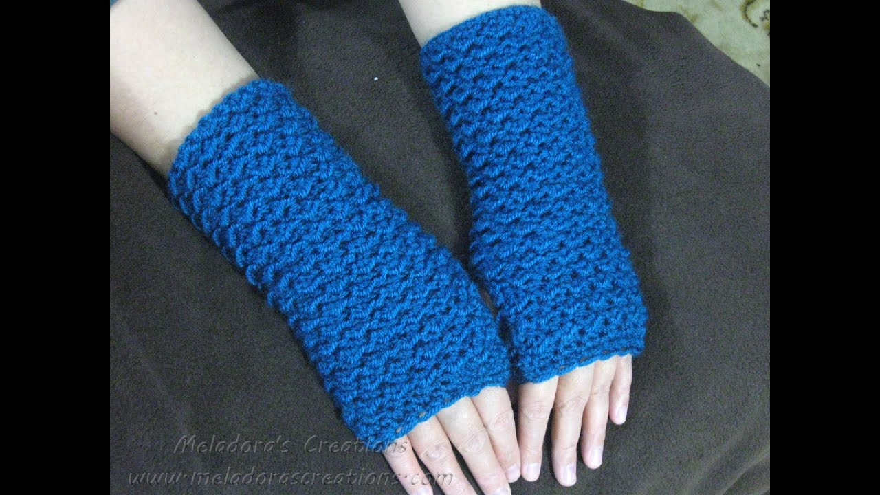 Crochet Fingerless Gloves Tutorials : Moss Stitch Finger less Gloves - Crochet Tutorial (Crunch ...
