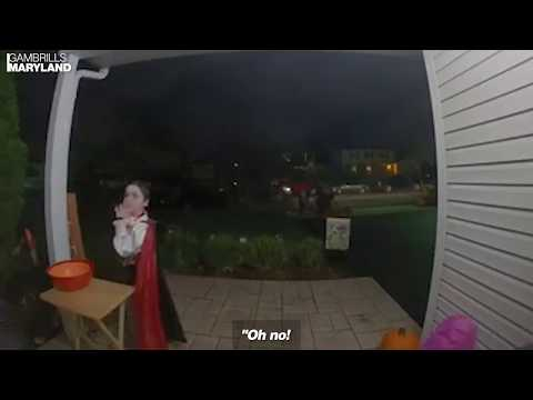 Kat Jackson - Kid Reacts to a House That Ran Out of Candy