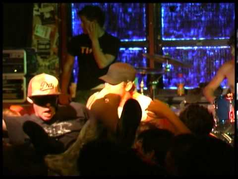 Parkway Drive Live(Full Set) @ HQ Skatepark Oct 2005