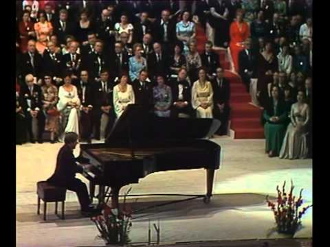 Emil Gilels Plays Tchaikovsky Piano Concerto No. 1 Finale - Video 1976