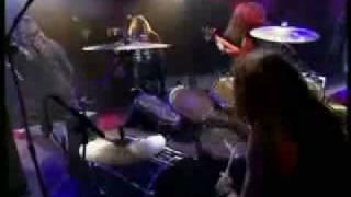 Sepultura live à Nulle part ailleurs en 1994, c'est du bon gros lou...