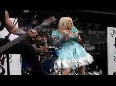 Beautiful Tragedy- In This Moment (LIVE)...Ozzfest 2007