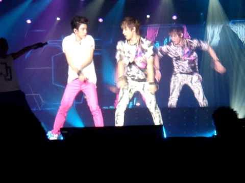 41b120de8ae06 JJ Project - Bounce! - Wonder Girls/Wonder World Tour in Singapore ...