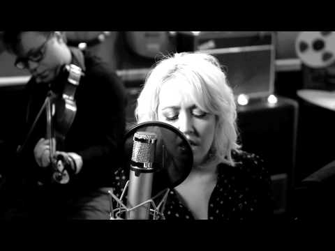 "Meghan Linsey- ""High and Dry"" (Radiohead Cover)"