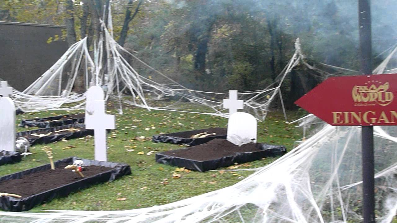 halloween decoration cemetery 1 halloween dekoration friedhof 1 youtube. Black Bedroom Furniture Sets. Home Design Ideas