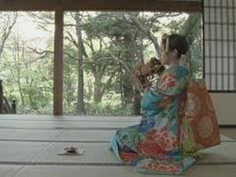 ロッテ「和のしずく」の村川絵梨