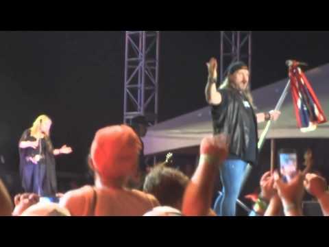Lynyrd Skynyrd Rocks The South  Sweet Home Alabama   Roll Tide!