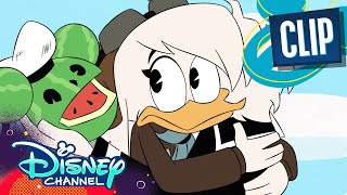 Della and Donald Duck Reunite 😭 | DuckTales | Disney Channel
