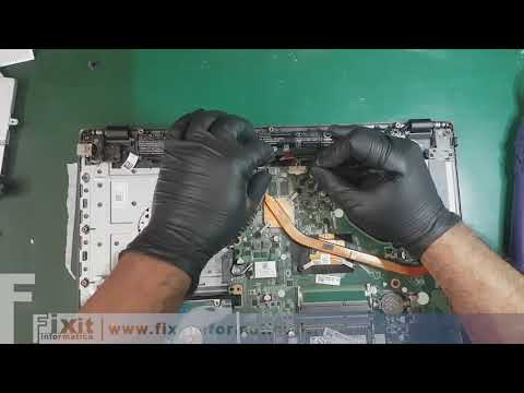 Acer E5-573G smontaggio e installazione SSD. Disassembly and SSD upgrade