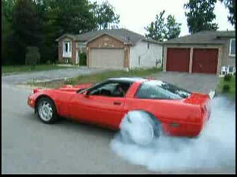 Corvette, a quick burnout