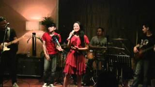 Video Andien - Moving On @ Mostly Jazz XXI [HD] download MP3, 3GP, MP4, WEBM, AVI, FLV Maret 2018