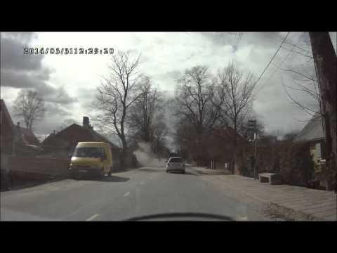 Plahvatav rehv, Aia tänav, Kuressaare, 31.03.2014