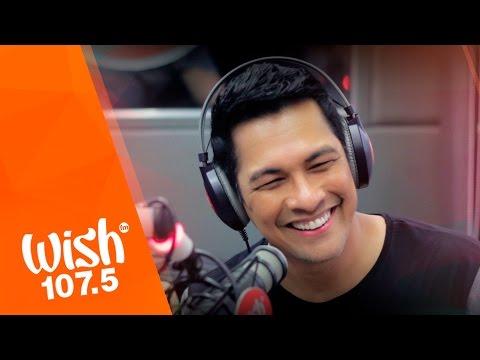 """Gary Valenciano performs """"Natutulog Ba Ang Diyos / Gaya Ng Dati"""" LIVE on Wish 107.5 Bus"""