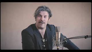 Introducing Ed Harcourt, member of the studio band YouTube Videos
