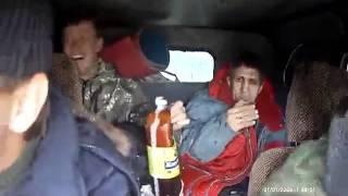 Rosjanie Jadą UAZem na Wycieczke.