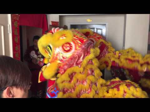 Lion dance singapore CNY